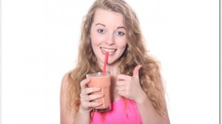 DHCプロテインダイエットは牛乳で飲むと置き換えに成功できる?